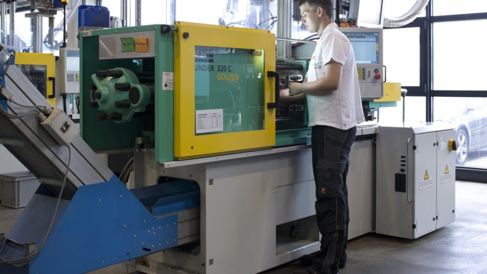 elobau Verfahrensmechaniker Kunststoff