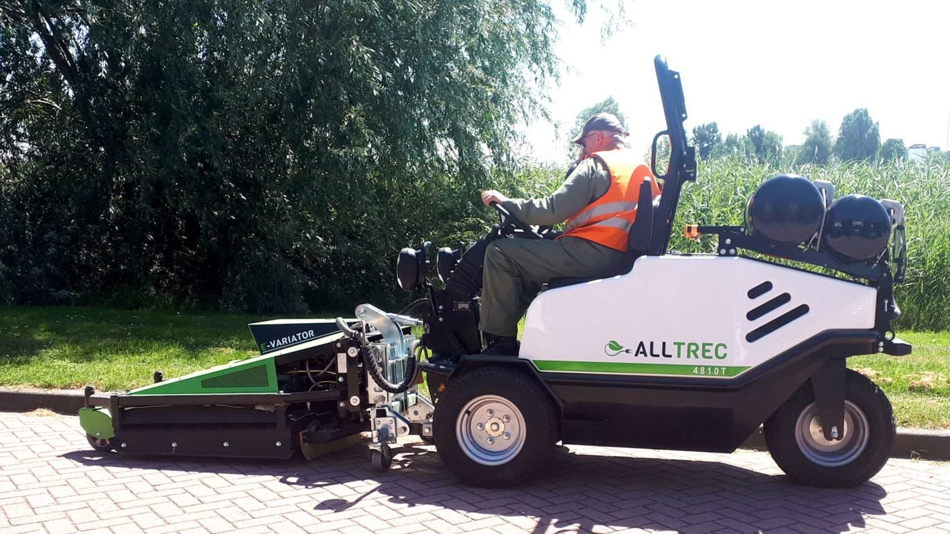 Alltrec electric weedcontroller vehicle